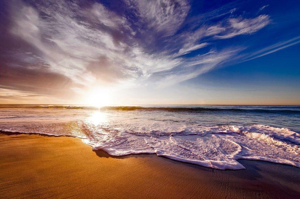 beach, sea, sunset-1751455.jpg